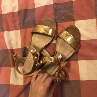 Sfera gold block heels