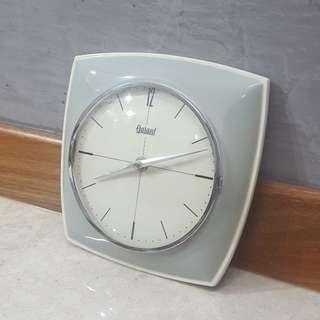 Vintage GARANT ceramic wall clock, German brand