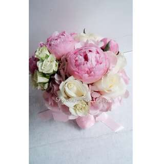 Beautiful Peonies & mixed flowers bridal bouquet (Wedding / ROM/ /Engagement Bridesmaid / Proposal/ Anniversary)