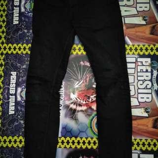 Celana panjang DC