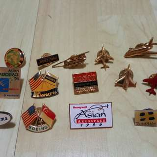 Badge souvenirs from Asian Aerospace 1996