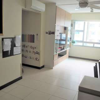 For Sale 4-Room in Hougang / Buangkok near Schools