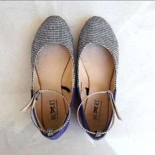 Sepatu TLTSN
