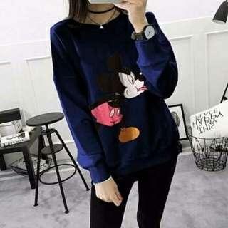 Sweater mic
