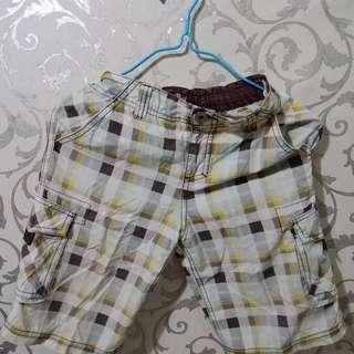 Preloved--Celana Pendek Anak