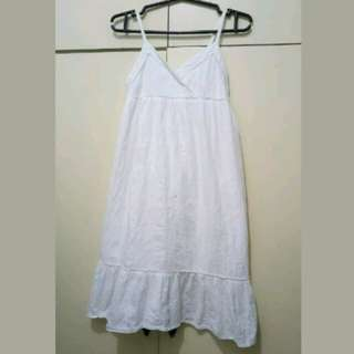 GA58 Cherokee White Dress Age 7 to 8 (Minor Flaw)