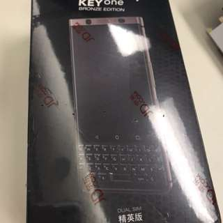 Blackberry KeyOne Bronze Edition