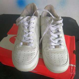 Nike Air Force One Size 42 White