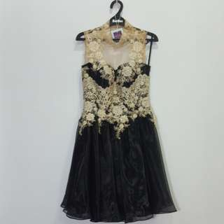 black dress made taylor