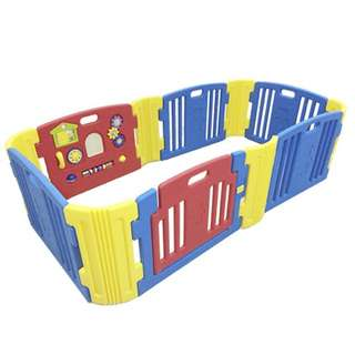 Haenim Playard 6 panels with Activity Panel