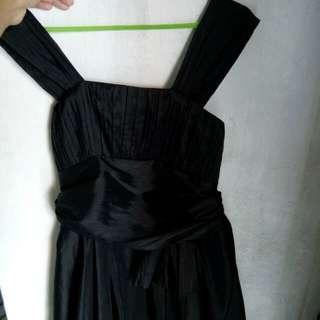 Gaun/Dress hitam