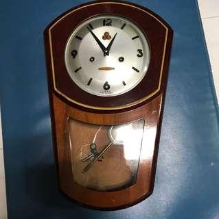 Grandfather Clock 555