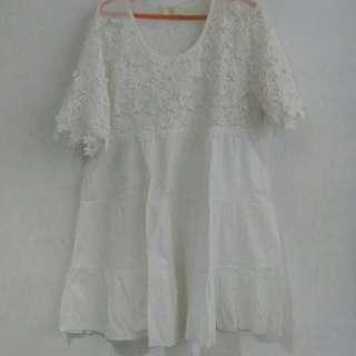 Dress Cantik White