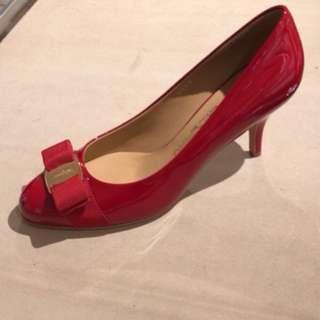 Salvatore Ferragamo鞋款