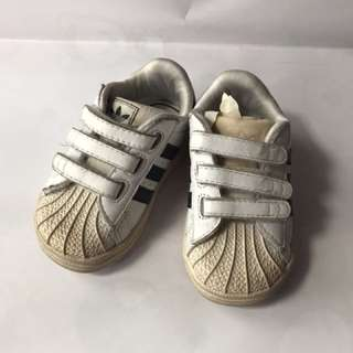 Preloved adidas baby shoes uk 12-18bl