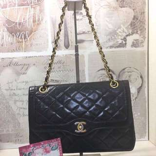 Pre-loved Chanel medium double flap