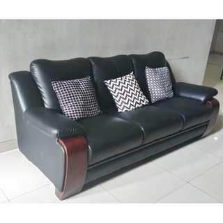 1 Set Sofa Ruang Tamu