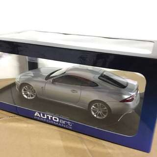 1/18 Jaguar XJ Coupe. Silver. AutoArt