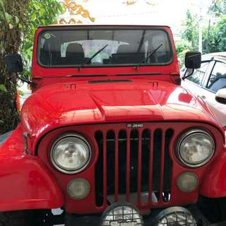Jeep CJ 7 Laredo Red