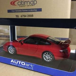 1/18 Porsche 911 (996) GT3 2003. AutoArt