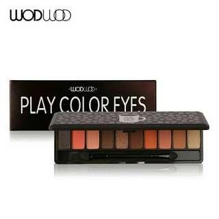 Play color eyes brown black