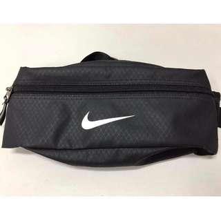 Nike 腰包 側背 包 正品    adidas可參考