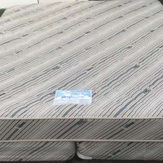 Good condition Sleep Maker Brand King size bed set for sale
