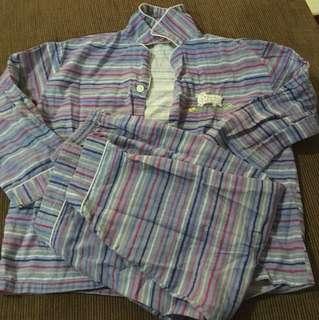 Pyjamas (baju tidur)