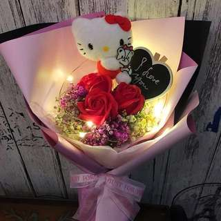 Valentine Flower - Hello Kitty With 3 Stalk Lasting Scented Roses And Dried Baby Breath