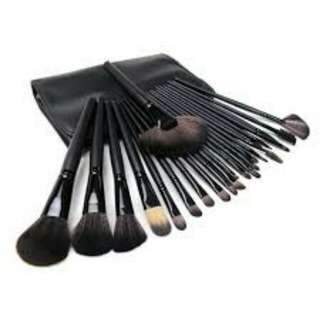 24 pcs make uo brush set with pouch