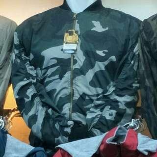 Jaket bomber loreng