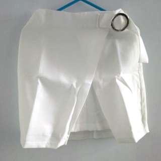 韓款 白色A字裙