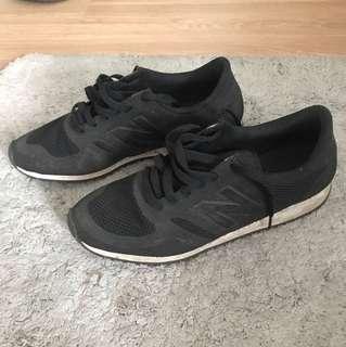 New Balance Men Shoes