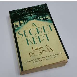 A Secret Kept - Author: Tatiana de Rosnay Used Paperback Fair Condition Clearance @ S$2.00!