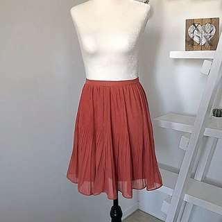 Urban Outfitters Sparkle & Fade Pleated Skirt Size 6 Burnt Orange