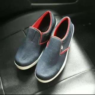 Jual sepatu comverse / converse KW slip on