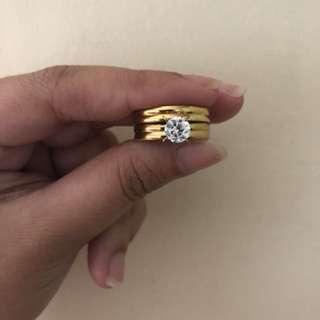 Gold 2 pc ring