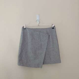 Cross front wool skirt