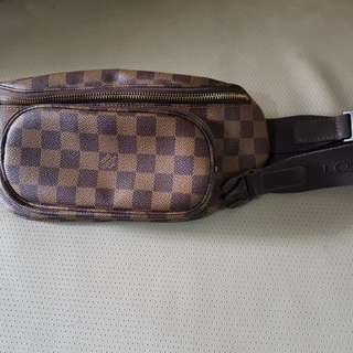 Louis Vuitton waist bag slightly used