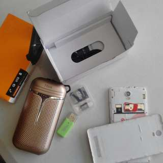 cp, powerbank and memory card