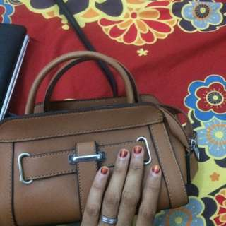 slingbag brown