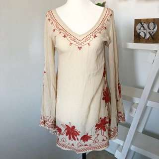 Free People Dress Size XS Long Sleeve Embroidered Cream Red/Orange V-Neck Bell Sleeves