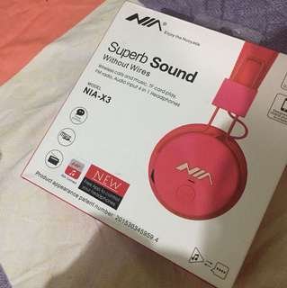 NIA Bluetooth Headphones