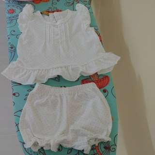 Baby girl clothes (1 set)