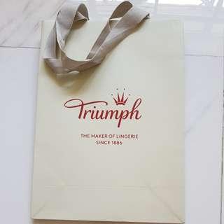 Triumph paper bag
