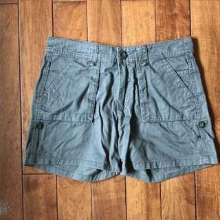 🚚 軍綠色個性短褲