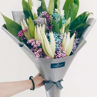Vday Lily bouquet