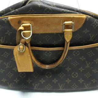 Louis Vuitton Monogram Deauville Premium