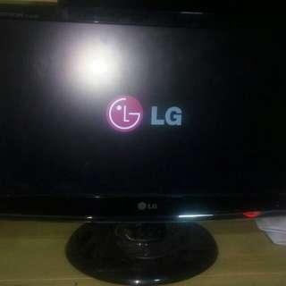 LG monitor W1953Se