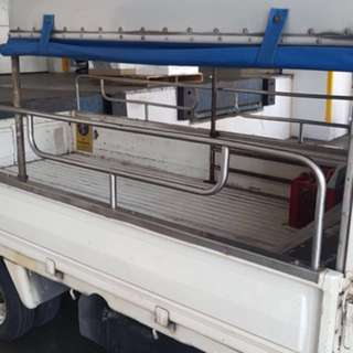 1/2  10 footed lorry canopy